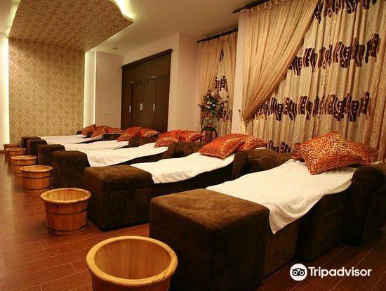 Relax Foot Massage1