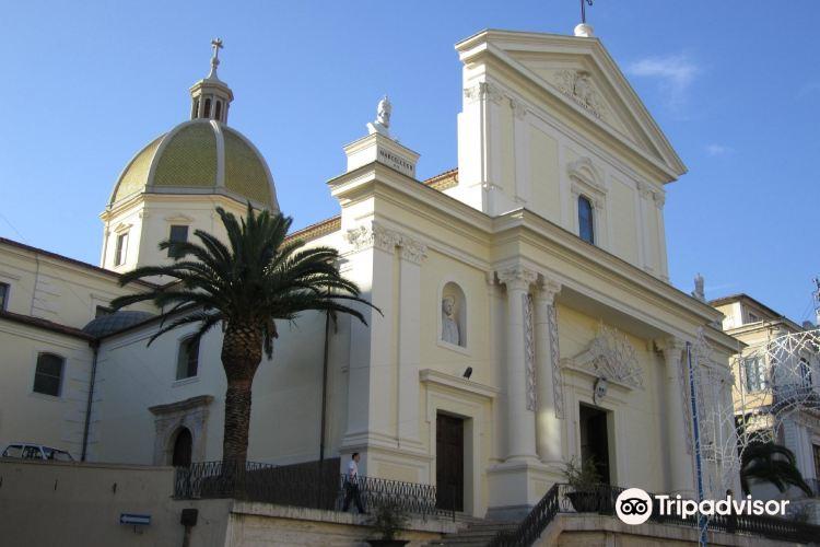 Cattedrale dei Santi Pietro e Paolo3