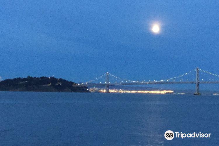 San Francisco-Oakland Bay Bridge bicycle and pedestrian path1