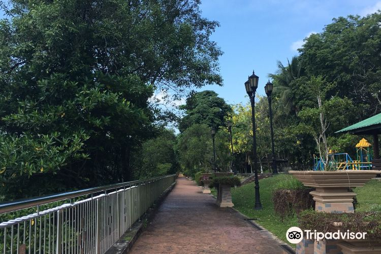 Damuan Park (Taman Persiaran Damuan)3