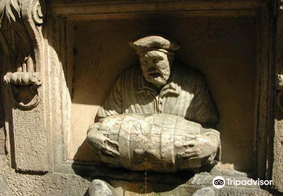 Fontana del Facchino4