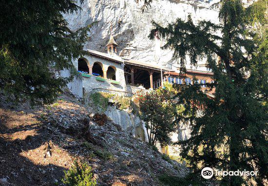 St. Beatus Caves4