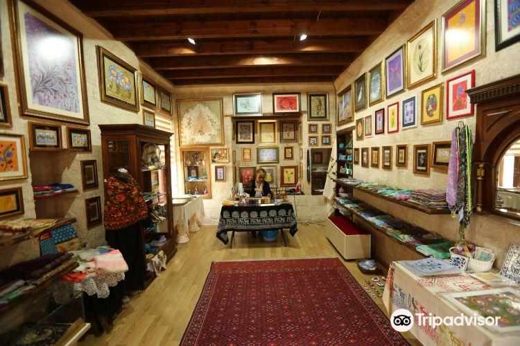 Ebru Sanat Evi Art Gallery4