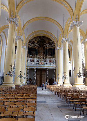 Eglise Saint-Jacques1