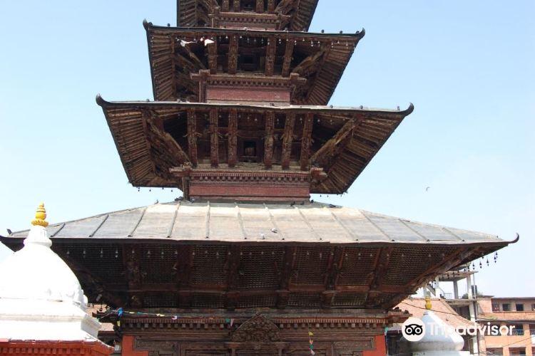 Kumbeshwar Temple1