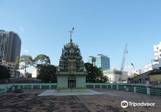 Sri Thenday Yuttha Panin Temple4