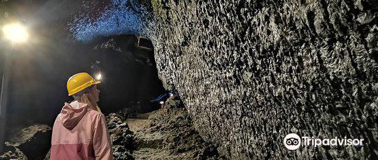 Villarrica Volcanic Caves1