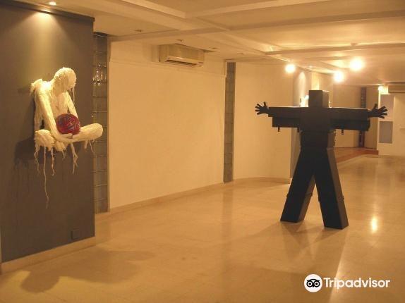 VM Art Gallery1