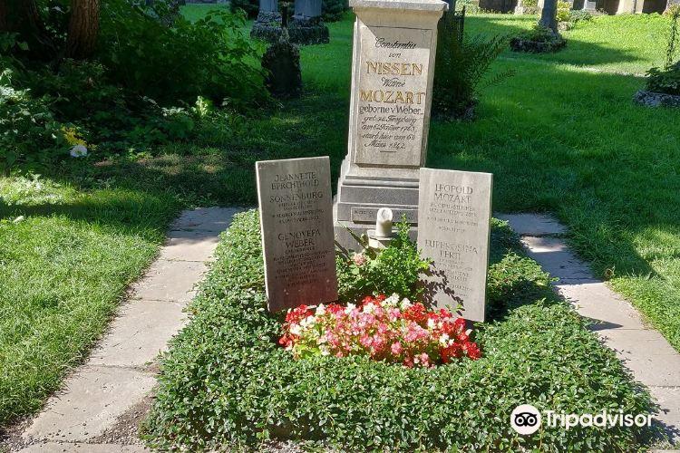 St Sebastian's Cemetery3