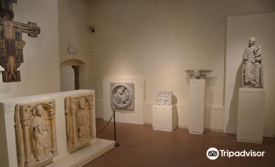 Museo Nazionale di Villa Guinigi2