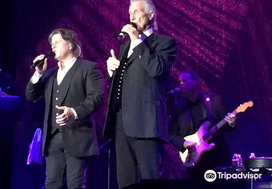 The Righteous Brothers4