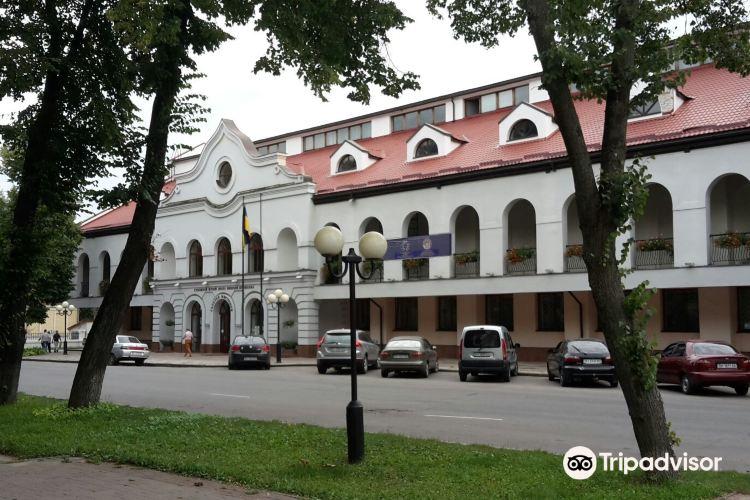 Poltava Regional Museum1