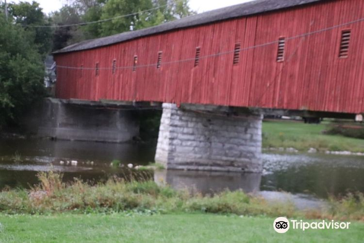 West Montrose Covered Bridge (Kissing Bridge)2