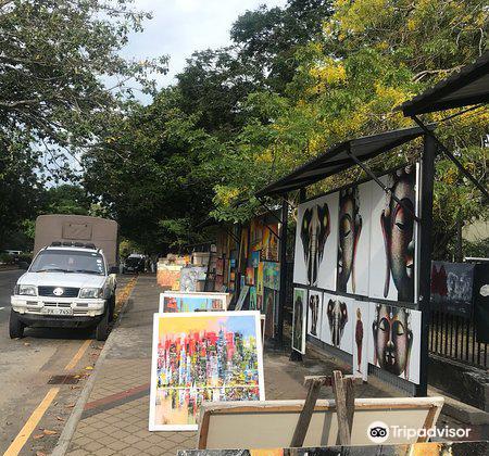 Nelum Pokuna Art Street1