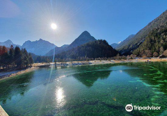 Lake Jasna2