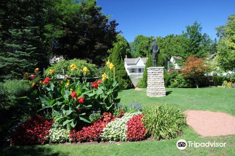 Simcoe Park3