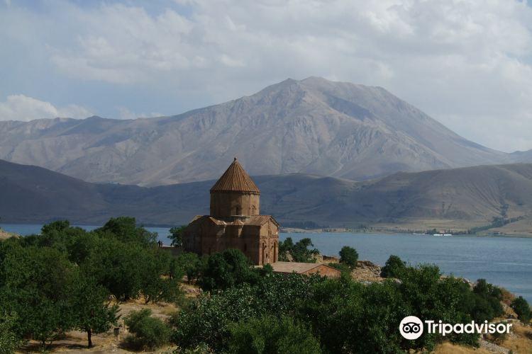 Akdamar Church2