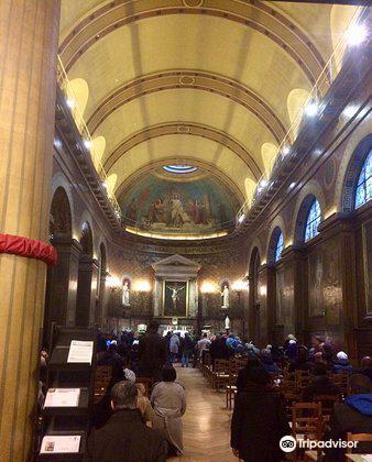 Eglise Saint-Louis d'Antin1