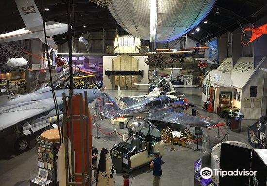 Tulsa Air and Space Museum2