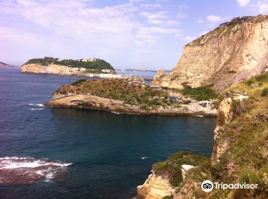 Isola la Gaiola1