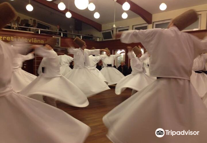 Whirling Dervish Ceremony in Fatih2