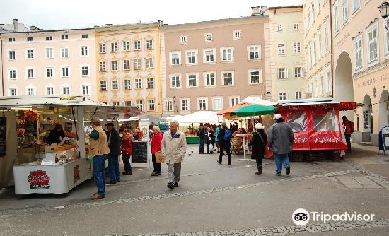 Old Market Square (Alter Markt)3
