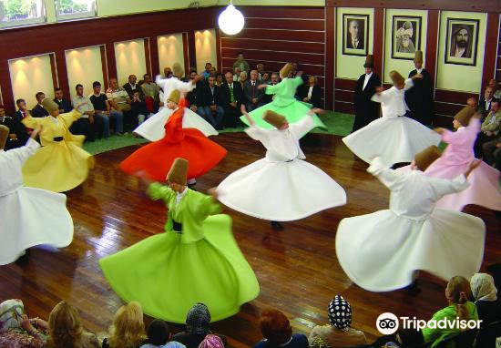 Whirling Dervishes Istanbul4