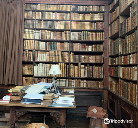Wren Library3