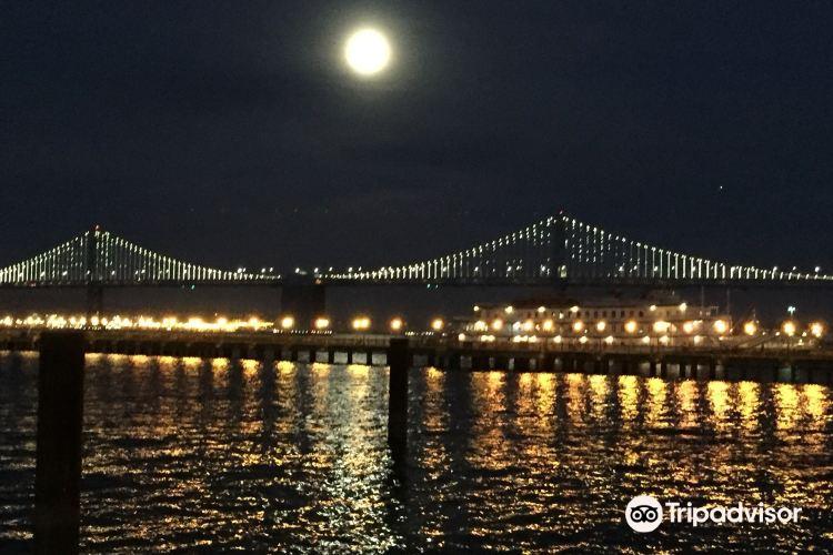 San Francisco-Oakland Bay Bridge bicycle and pedestrian path4