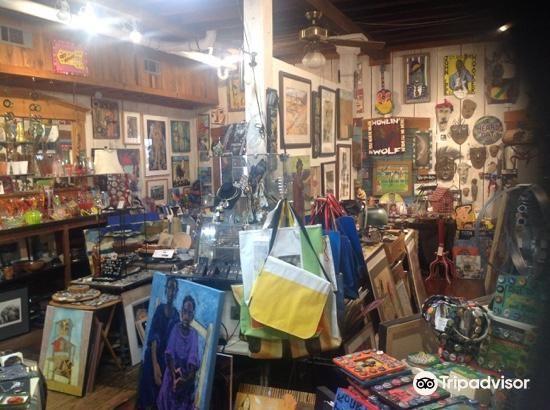 Attic Gallery3