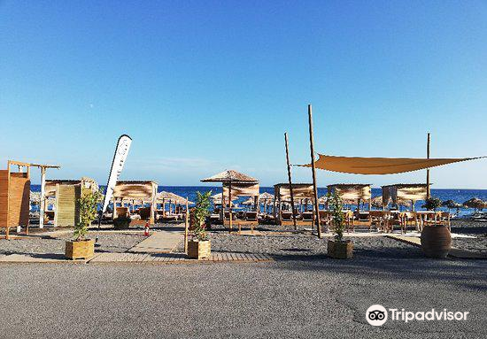 Perivolos海灘3