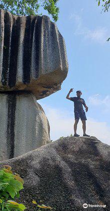 Batu Belimbing1