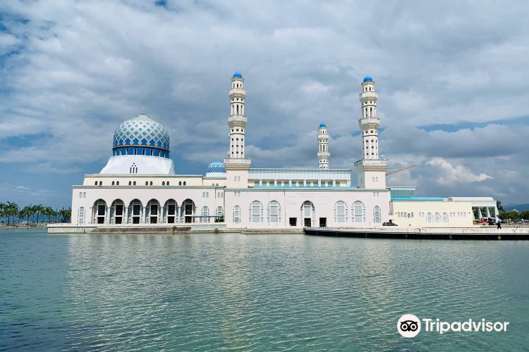 The Floating Mosque2