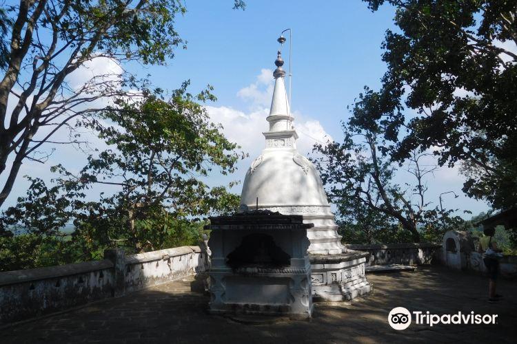 馬凱裡嘎勒山修道院2