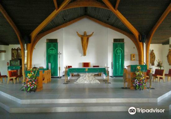 St Ignatius Catholic Church3