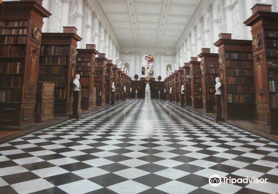 Wren Library4