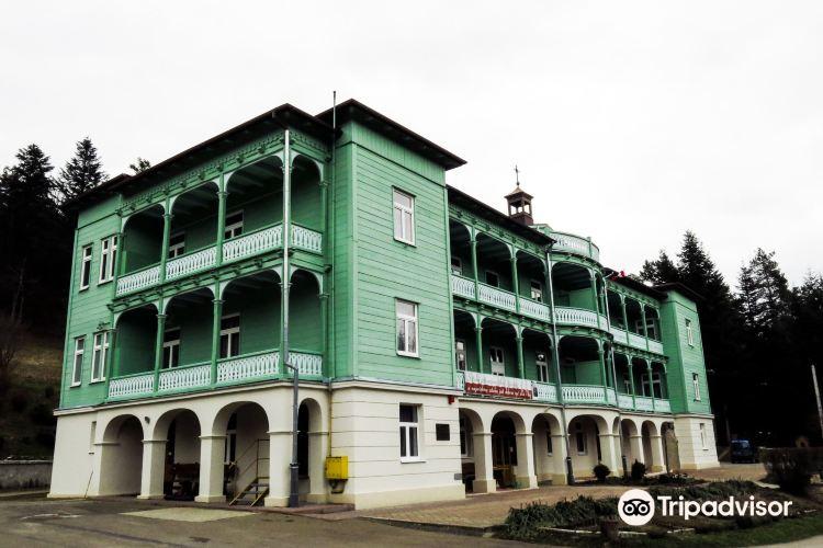 Klasztor Sióstr Nazaretanek1