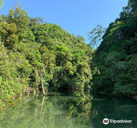 Khlong Chak Waterfall1