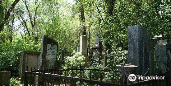 Jewish Cemetery4