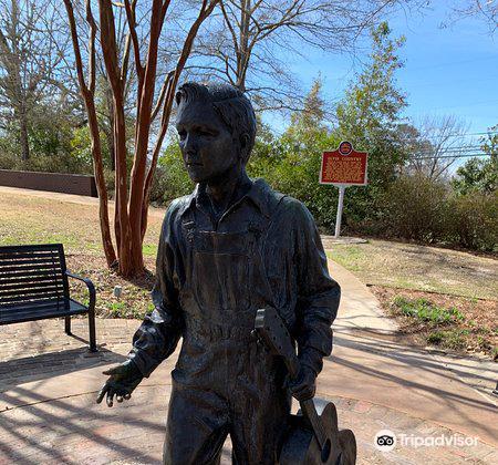 Elvis Presley Birthplace & Museum3