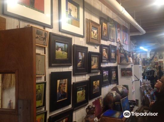 Attic Gallery4
