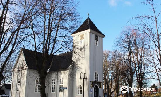 Drobak Church1