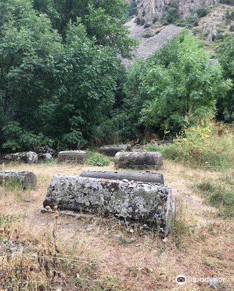 Yeghegis Jewish Cemetery2