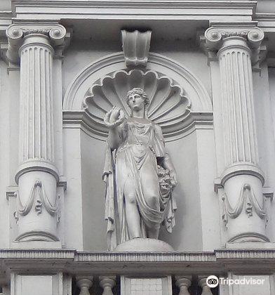 Colonnaden3