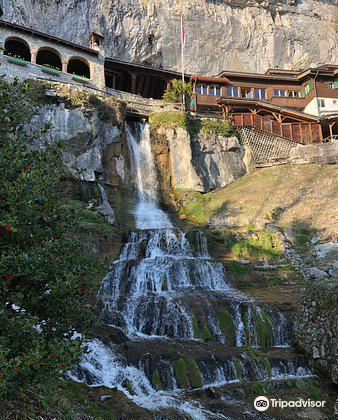 St. Beatus Caves3