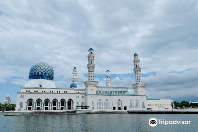 The Floating Mosque3