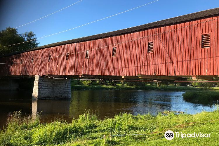 West Montrose Covered Bridge (Kissing Bridge)1