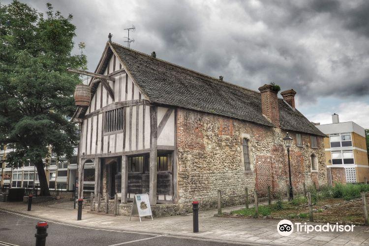 Medieval Merchant's House4