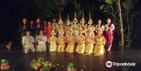 The Sacred Dancers of Angkor2
