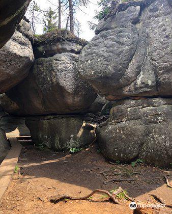 Errant Rocks1